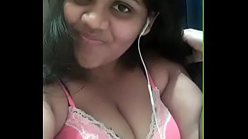 desi lady showing her big boobs for her.