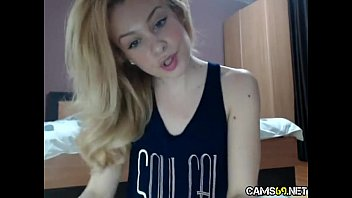 hot amateur blonde teen dildos her tight hairy.