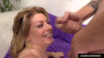 mature harlot penny sue fucks a guy and.