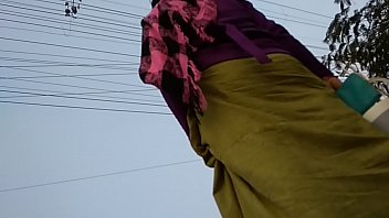 standing randy meitei manipuri aunty ka niche se.