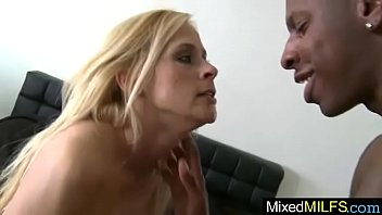 (payton leigh) horny mature lady get banged by.