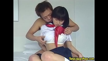 squirting asian teen gets her pussy.