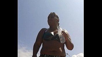 culo en la playa 2