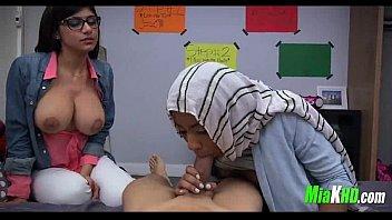 mia khalifa teaches her muslim friend how to.