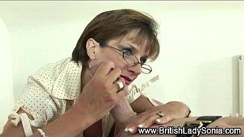 mistress lady sonia sucks