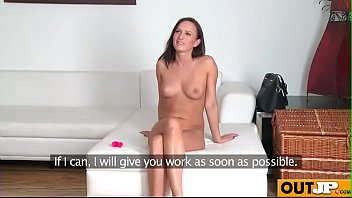 tina belle play with toy on her pussy.