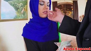 arabian muslim fucked in hijab before.