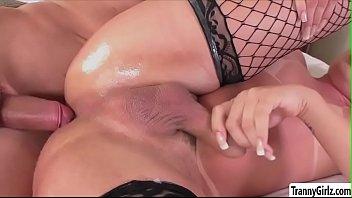 gorgeous ts lara have anal sex.