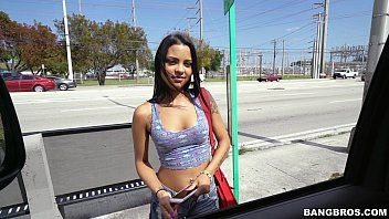 latina nikki kay is all about her money.