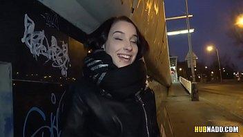 czech college girl got fucked in a car.