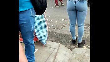 [niñ_a] rico culo en jeans apretados