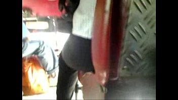 madura culona tocada en camion 2