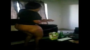 nigeria girlfriend dancing with her big ass -.
