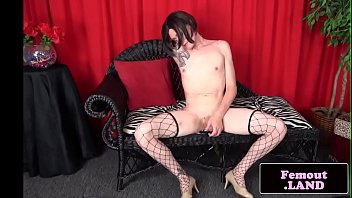 tattooed trap jerking off in first.
