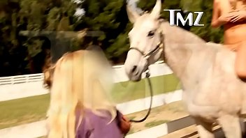 kate upton - topless on a horse (censored) [1080p]