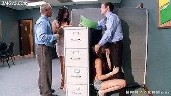 ariana-marie-almost-caught-by-her-stepmom-isis-love-and-boss-while-sucking-dick lq