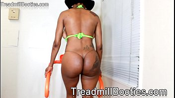 sexy thick ass booty - www.treadmillbooties.com