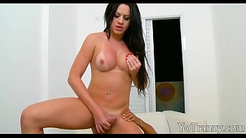 luscious shemale gets her asshole banged