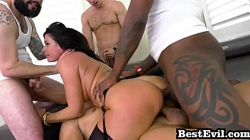 milf gangbang battle jon jon vs india summer.