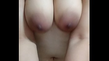 mia big boobs jiggle