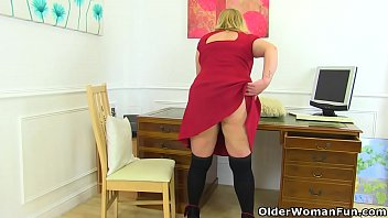 busty and british milf sookie blues fingers her.