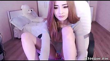 cute japanese babe live webcam
