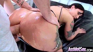hot girl (dollie darko) with big curvy ass.