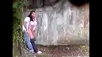 chica teniendo sexo a escondidas