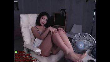 korean bj hot striptease - live.