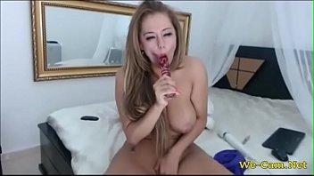 busty blonde vibrator pussy and masturbate.