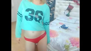 asian girl showing tits dirtyteenstube.com