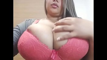 thick bbw live strip tease so.