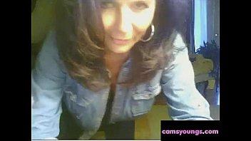 big tit milf hving fun on webcam, free.