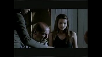 novinha sendo estuprada e molestada pelo tio avo.