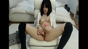 japanese babe fucked (watch part 2.