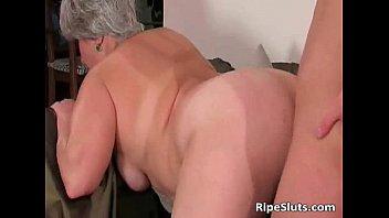 busty chubby mature slut gets wet.