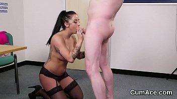 kinky looker gets cumshot on her face swallowing.