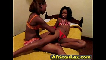 africanlez-1-1-16-213-5-14-hazika-shade-bedroom-final