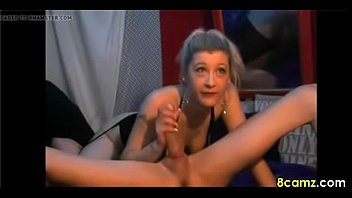 dutch milf sucking a cock on.