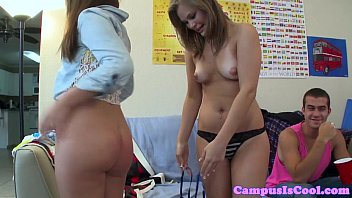 flashing college teens shaking their butts