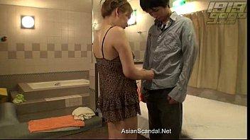 petite blonde japanese teen gets fuck.