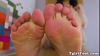 toes fetish tgirl teasing with her.