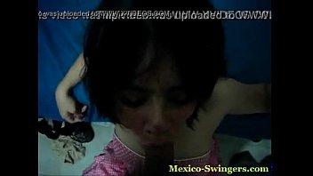 morrita swinger in mexico mamando una.