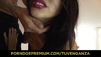 tu venganza - tattooed latina vixen boned on.