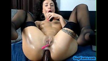 hot girl wet pussy masturbation gagcams.com