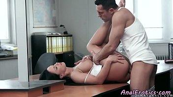 gorgeous girlfriend loves anal pounding