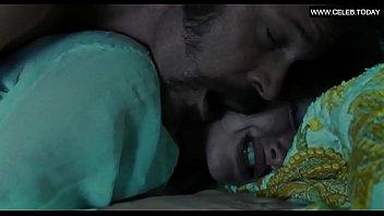 amanda seyfried- big boobs, sex scenes.
