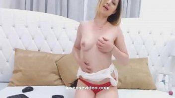 sexy blonde babe masturbates pussy watch live cam.