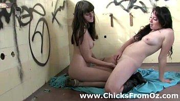 aussie lesbian amateurs fingering each other