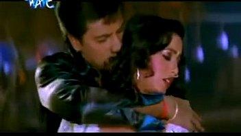 hot bhojpuri song   chhula chhula aage.